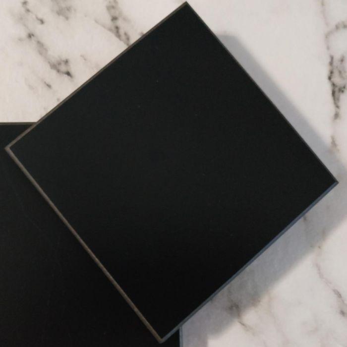 Tablero Compact Negro