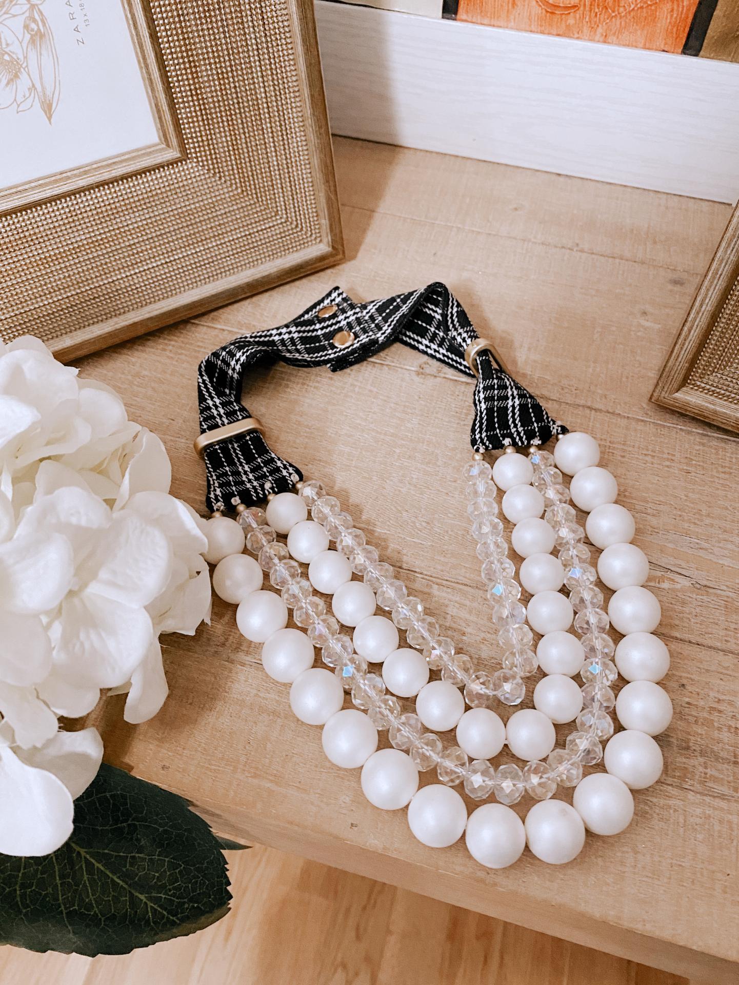 Collar Lazo Cuello Cuadros Black&White