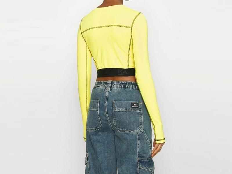 KARL KANI Camiseta Retro Cutout Cropped Tape Longsleeve Yellow