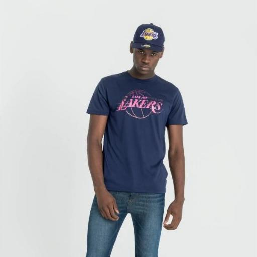 NEW ERA Camiseta NBA Summer City Infill Tee Los Ángeles Lakers Purple