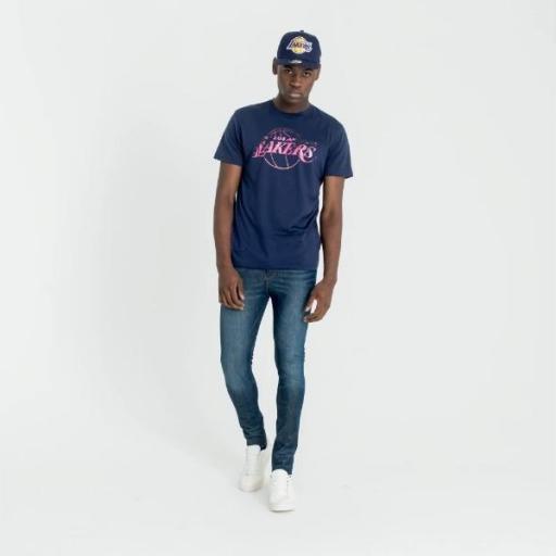 NEW ERA Camiseta NBA Summer City Infill Tee Los Ángeles Lakers Purple [1]