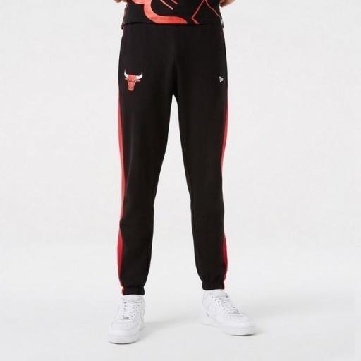 NEW ERA Pantalón NBA Team Logo Jumper Jogger Chicago Bulls Black