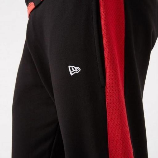 NEW ERA Pantalón NBA Team Logo Jumper Jogger Chicago Bulls Black [3]