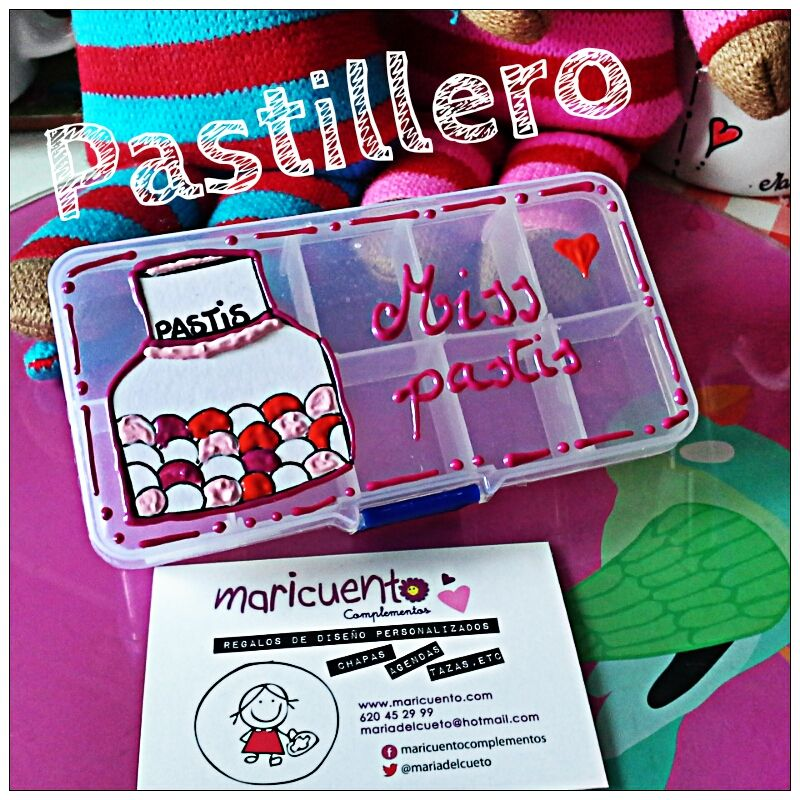 """Pastillero """"Miss pastis"""""""