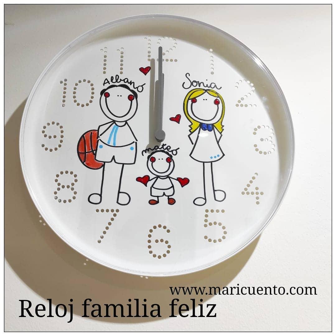 Reloj Familia Feliz