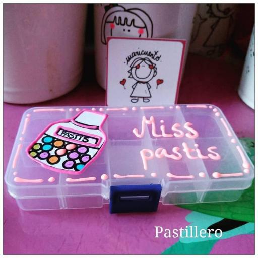 """Pastillero """"Miss pastis"""" [1]"""