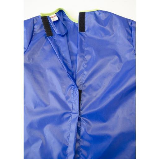 Bata antimanchas azul abc [1]
