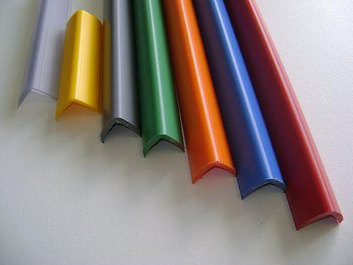 Esquinera de protección de PVC