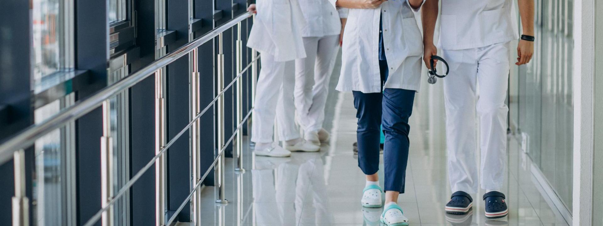 La importancia de un buen calzado para profesionales sanitarios
