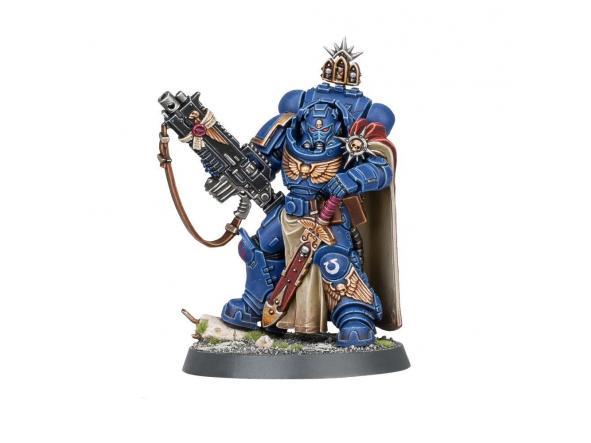 Capitán con rifle bólter pesado artesanal