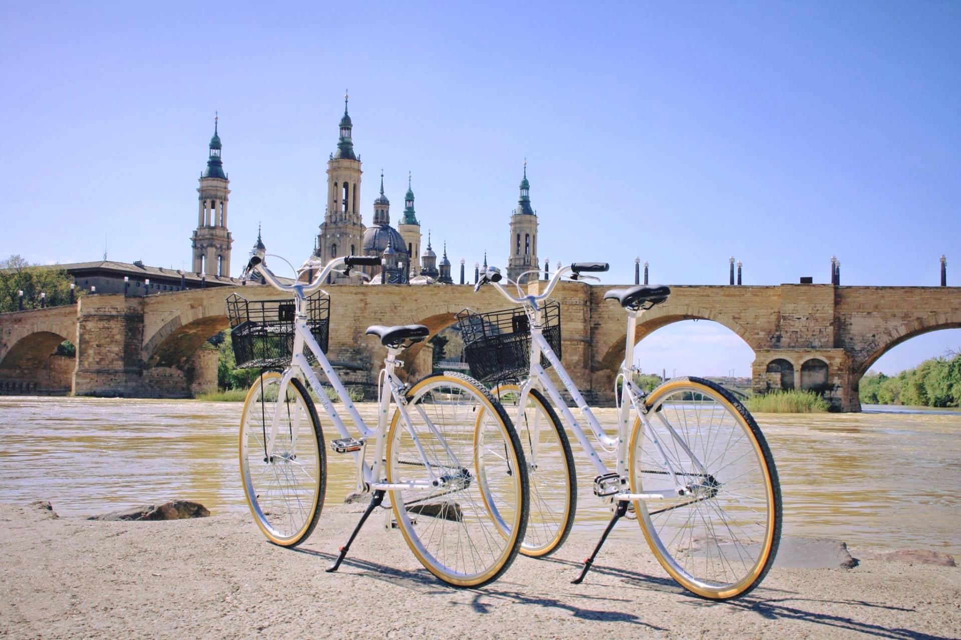 alquiler bicicletas zaragoza.jpg