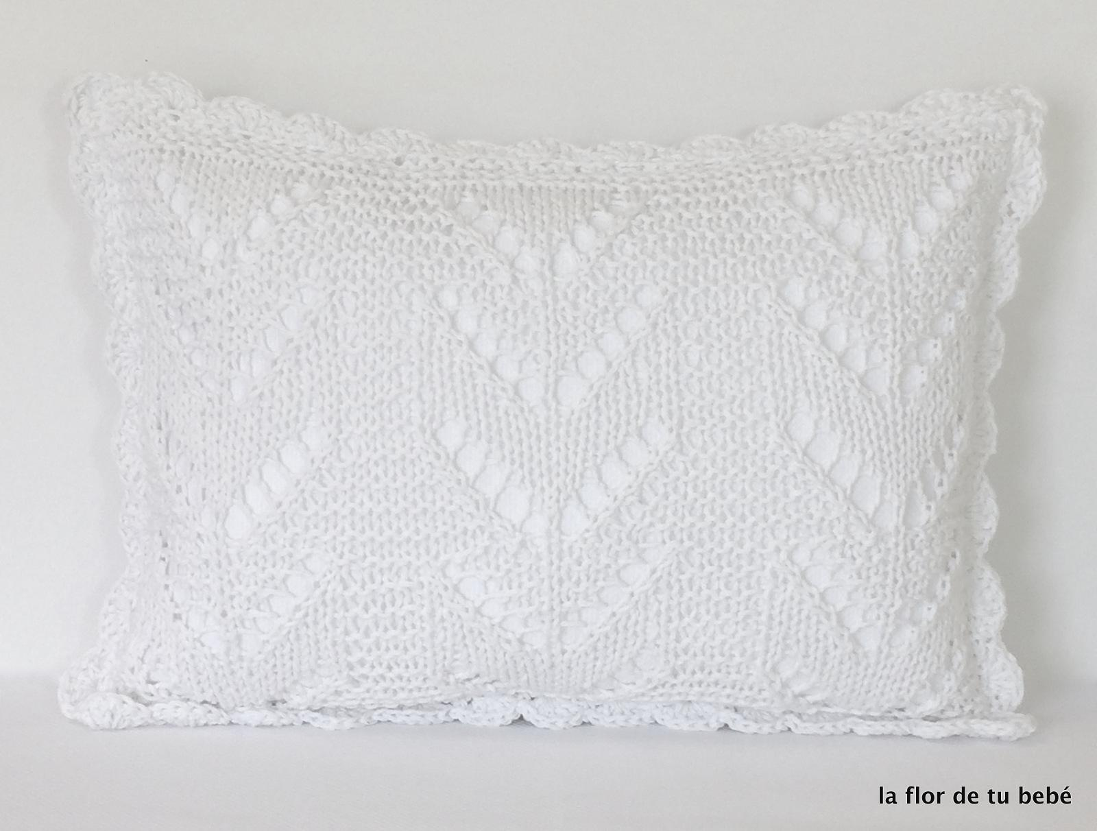 Cojín Crochet rectangular blanco