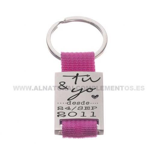 Llaveros personalizados para detalle de boda