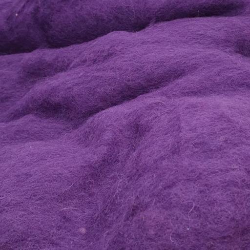 Lana Cardada Fina Púrpura Oscuro