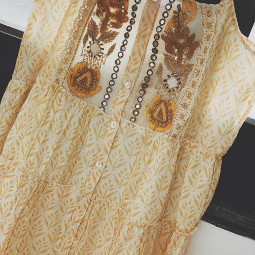 The Yellow Dress (Ref.4113) [1]