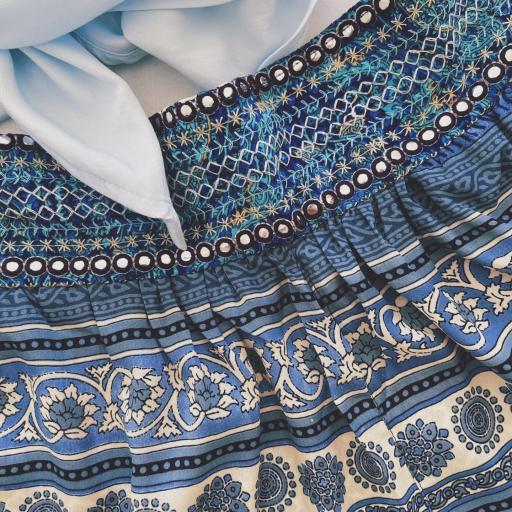 Short Blue Silk (Ref.5665) [1]