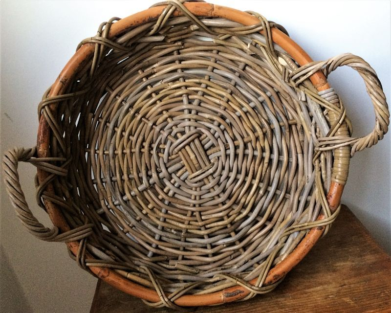 Bandeja centro de mesa de ratan kabu