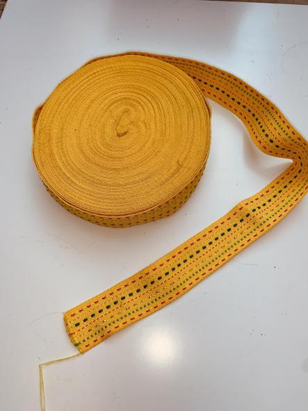 Cinta decorativa o asa de bolso amarilla