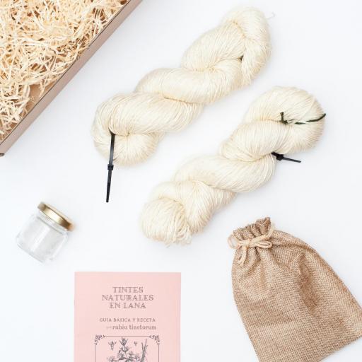 kit de teñido 2 madejas rosa tinctorum