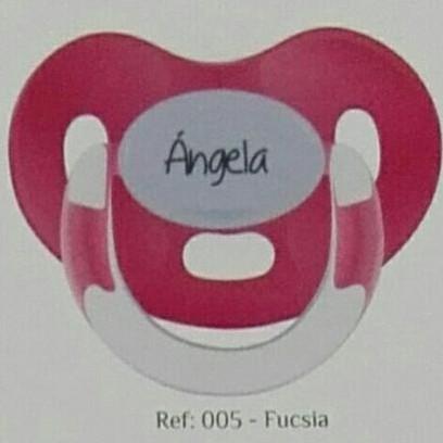 Chupete personalizado Fucsia Boann 005