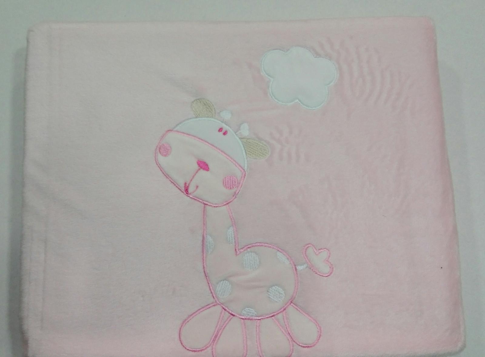 Manta cuna microfibra Jungle jirafa  rosa Pirulos