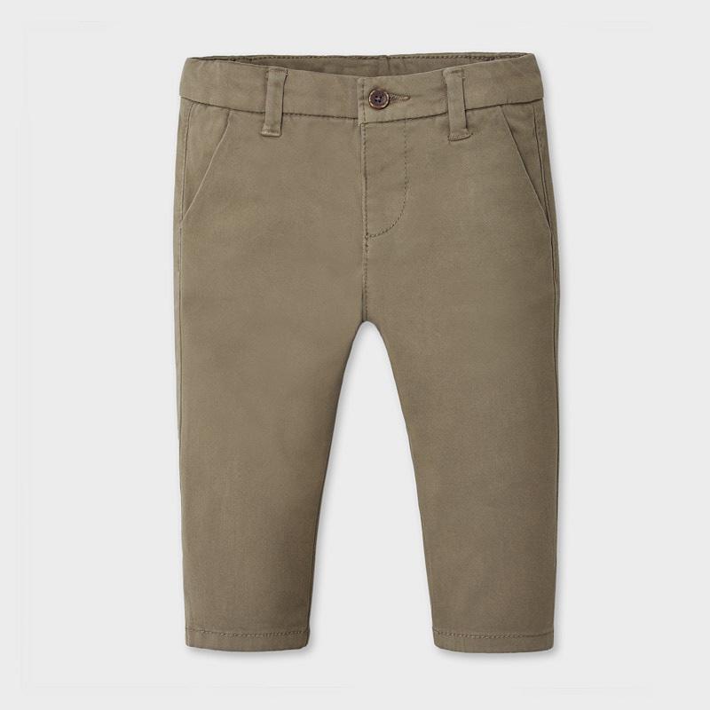 Pantalón chino básico