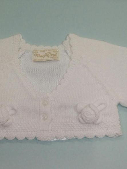 Rebeca bebé niña flores blanca Mayoral