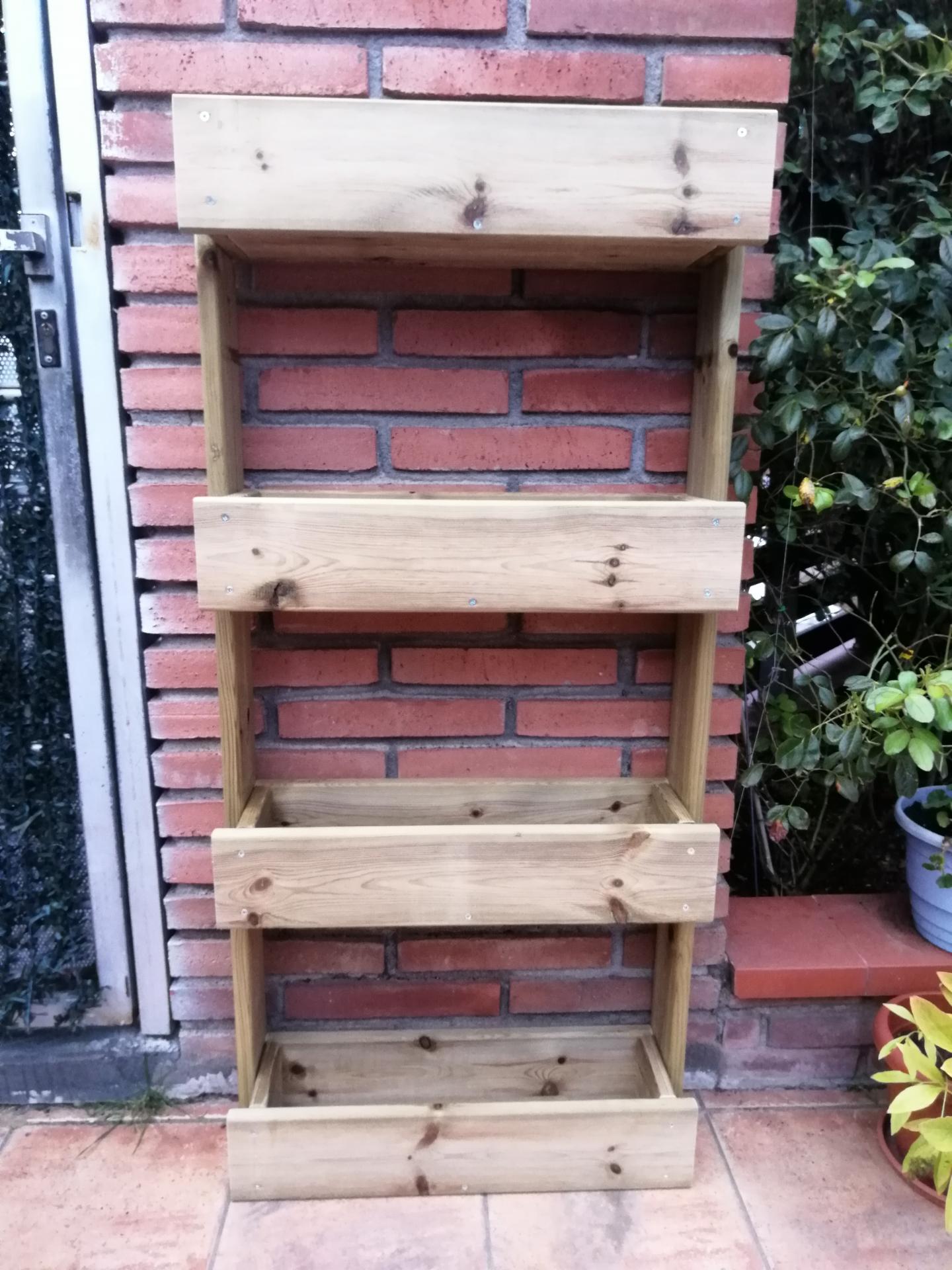 Jardinera Vertical A4 55