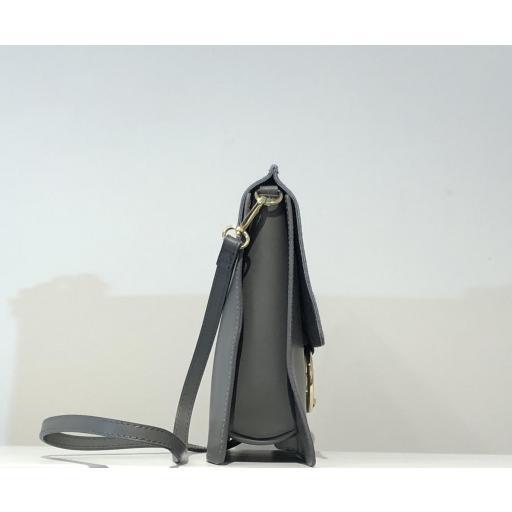 bolso cuadrado anillas gris  [1]