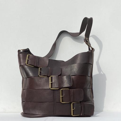 Bolso hebillas marrón oscuro