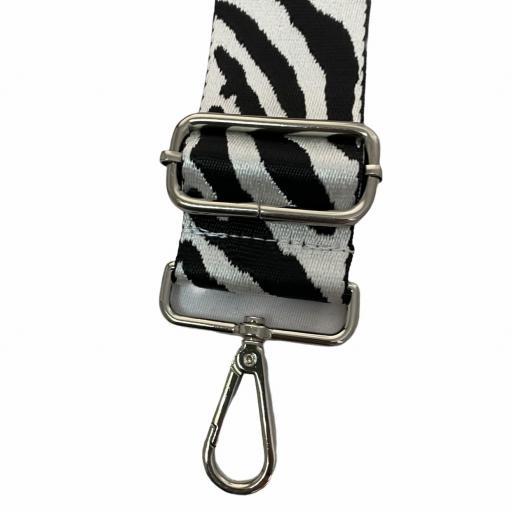 Correa animal print blanco y negro [2]