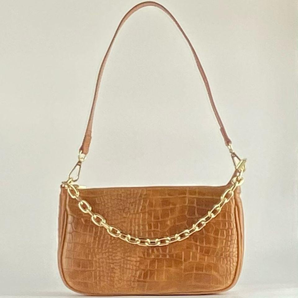bolso tipo baguette