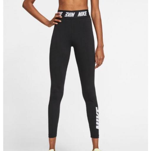 Legging Nike Sportswear Club High Waist Negro/Blanco