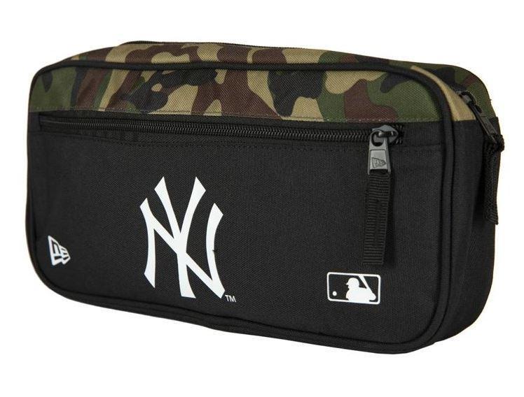 Riñonera New Era Cross Body Bag New York Yankees Negro Camuflaje