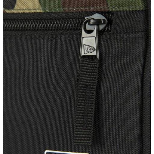 Riñonera New Era Cross Body Bag New York Yankees Negro Camuflaje [1]