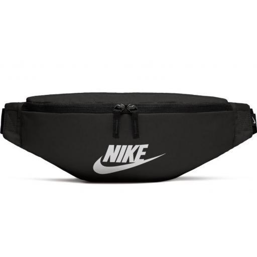 Riñonera Nike Heritage Hip Pack Negra Blanca [0]