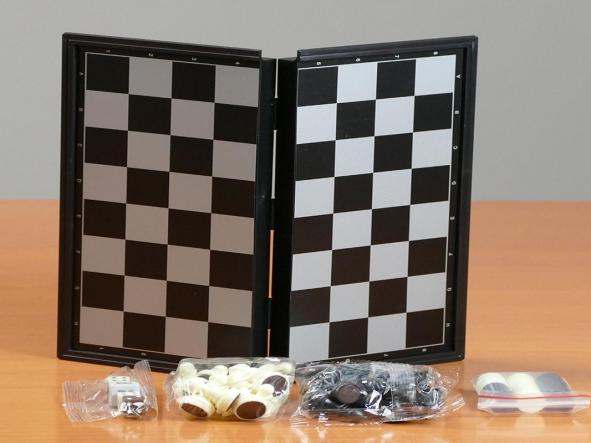 Estuche 3 en 1 magnético Ajedrez-Damas-Backgammon (aquamarine game) [2]