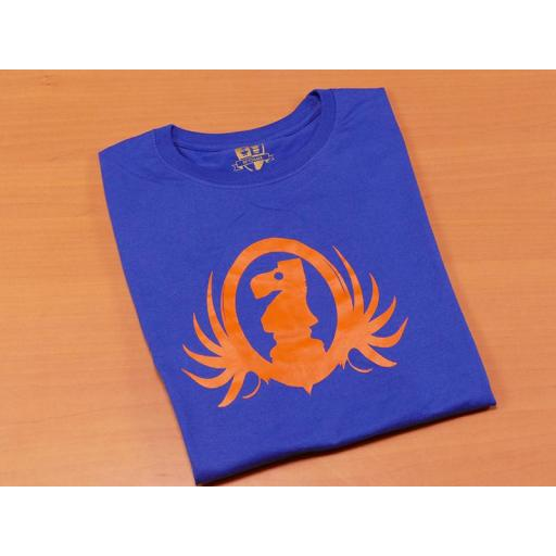 Camiseta azul con diseño del caballo de ajedrez  [1]