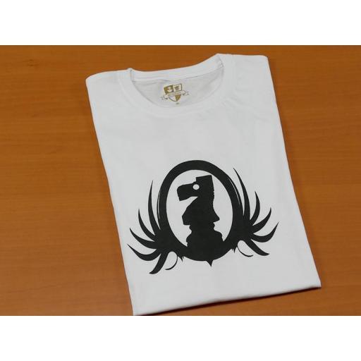 Camiseta blanca con diseño del caballo de ajedrez  [1]