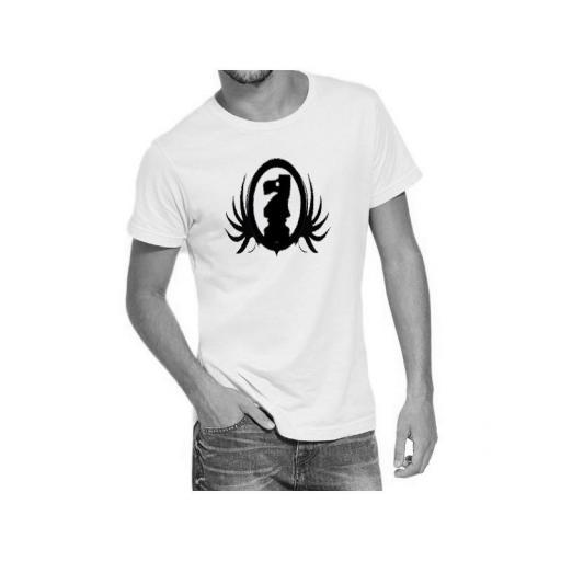 Camiseta blanca con diseño del caballo de ajedrez