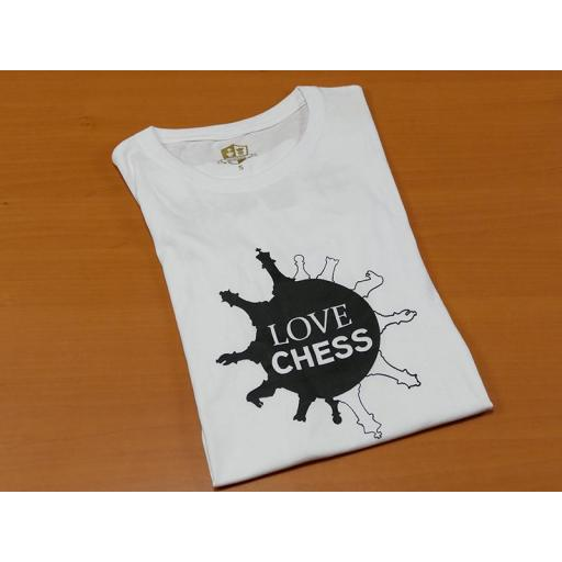 Camiseta blanca con diseño Love Chess [1]