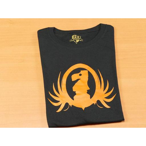 Camiseta negra con diseño del caballo de ajedrez  [1]