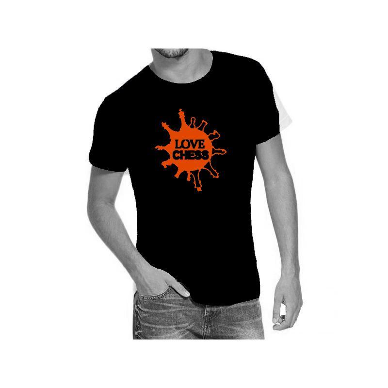 Camiseta negra con diseño Love Chess