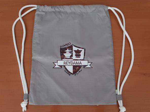 Mochila porta-todo con cordones con  logotipo de nuestro  canal de ajedrez Reydama [2]