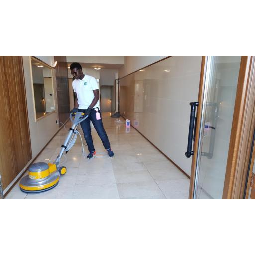 Abrillantadora SB 143 H16. Ancho de trabajo 430 mm. Para Profesionales de la Limpieza y Restauración [3]