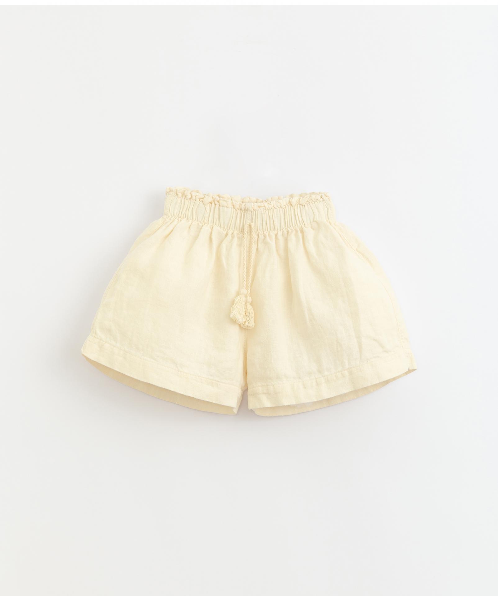 Pantalón corto con cordón Play Up