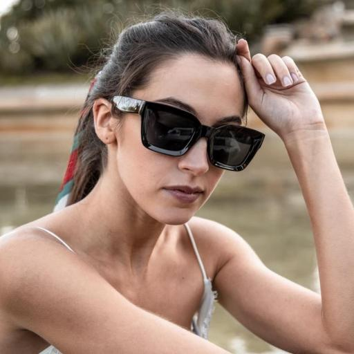 GAFAS DE SOL ROSIE NEGRO Charly Therapy  [2]