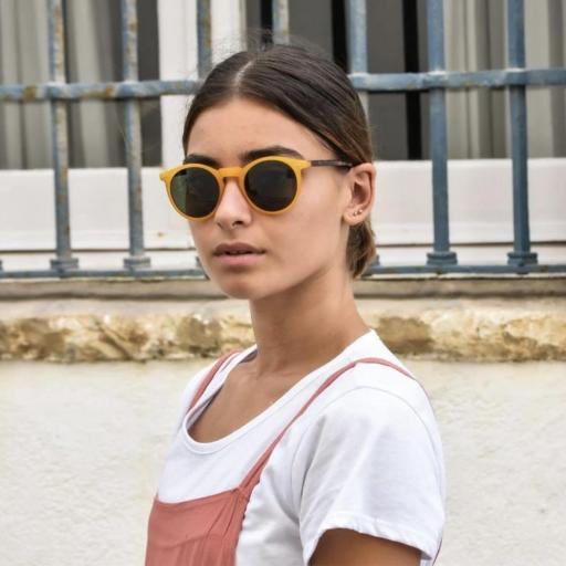 GAFAS DE SOL CHARLY THERAPY MODELO Charles In Town Mostaza [2]