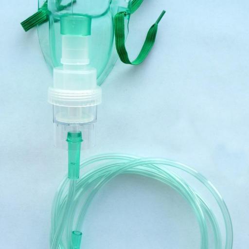 Mascarilla de Oxígeno con Nebulizador Adulto (Caja 100 ud).