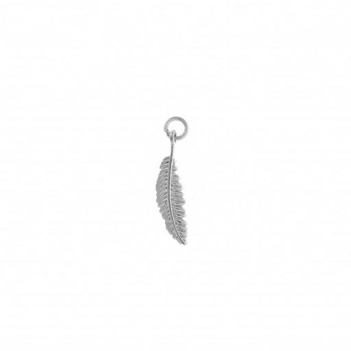 Charm plata Salvatore con forma de pluma